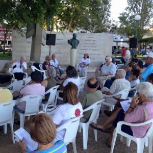 Sampaio da Nóvoa conversa com cidadãos no Jardim Joaquim Patrão Lopes, em Olhão (16/08/2015).